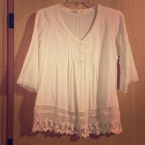 Solitaire Fashion Crocheted White Blouse